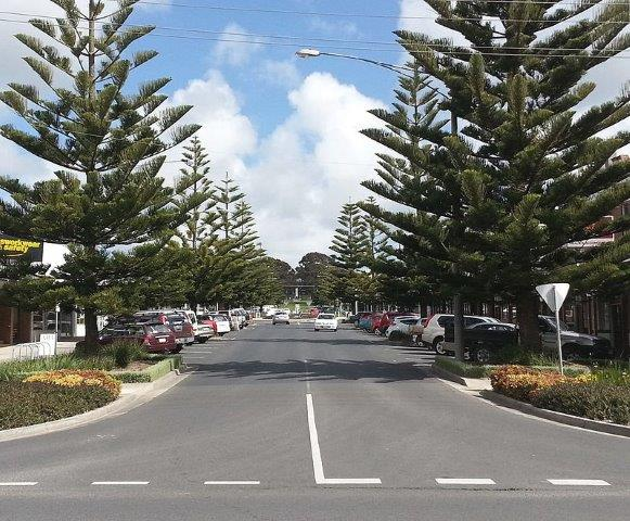 Building a Home in Wonthaggi - Premier Homes & Granny Flats - Wonthaggi_Main_Street_Shopping