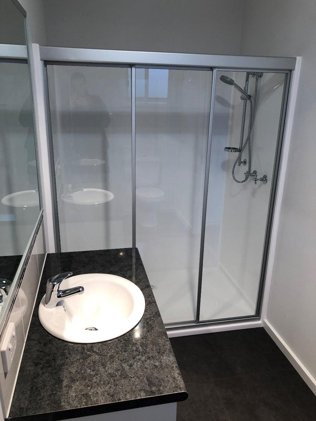 granny flats bathrooms